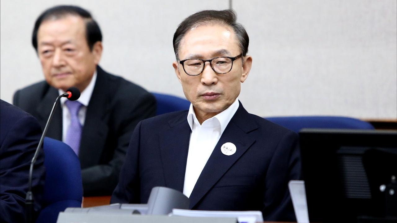 Экс-президенту Южной Кореи Ли Мён Баку дали 15 лет за коррупцию