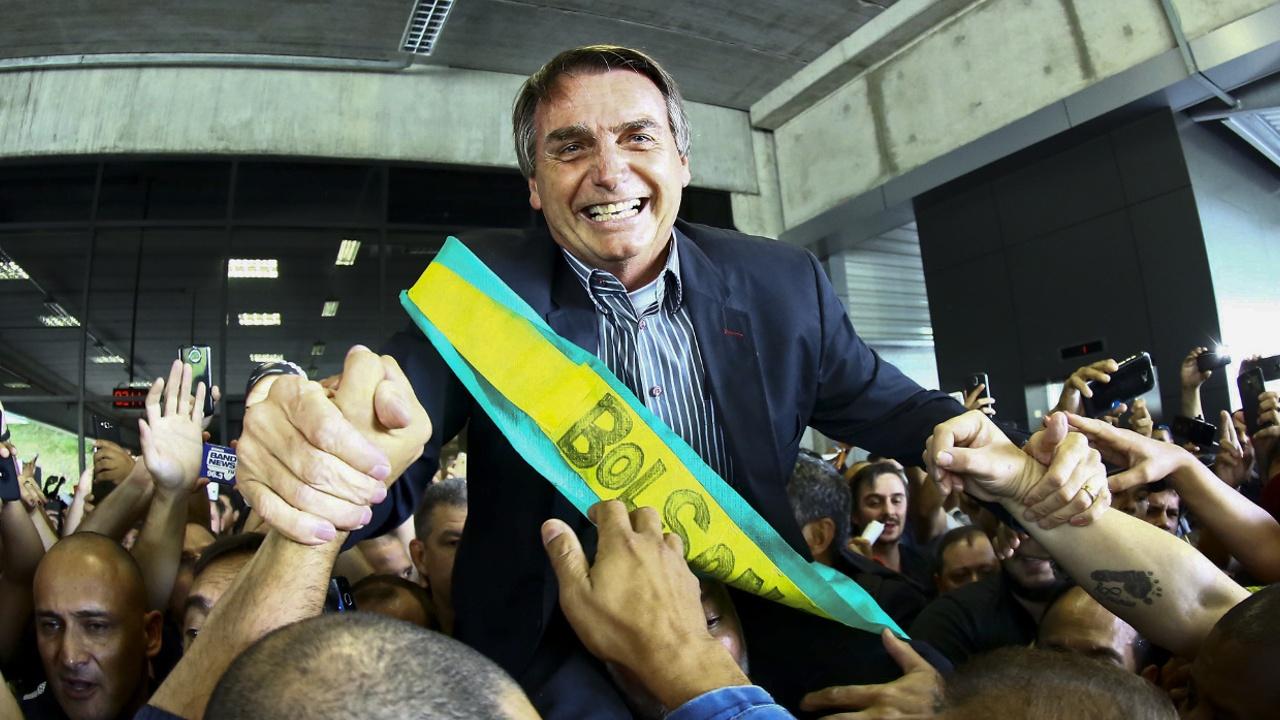 На президентских выборах в Бразилии лидирует крайне правый кандидат