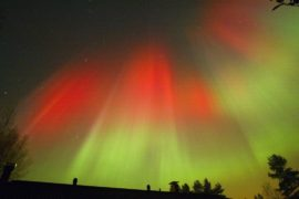 Световое шоу озарило небо над финским Рованиеми