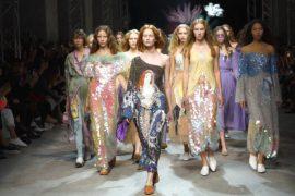 Неделя моды Mercedes-Benz: Алёна Ахмадуллина и дети звёзд
