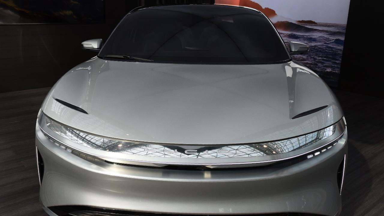 На инвестиционном форуме в Эр-Рияде показали электромобиль Lucid Air