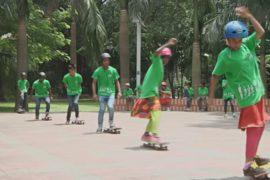 Скейтбординг помогает безнадзорным бангладешским детям уйти с улиц