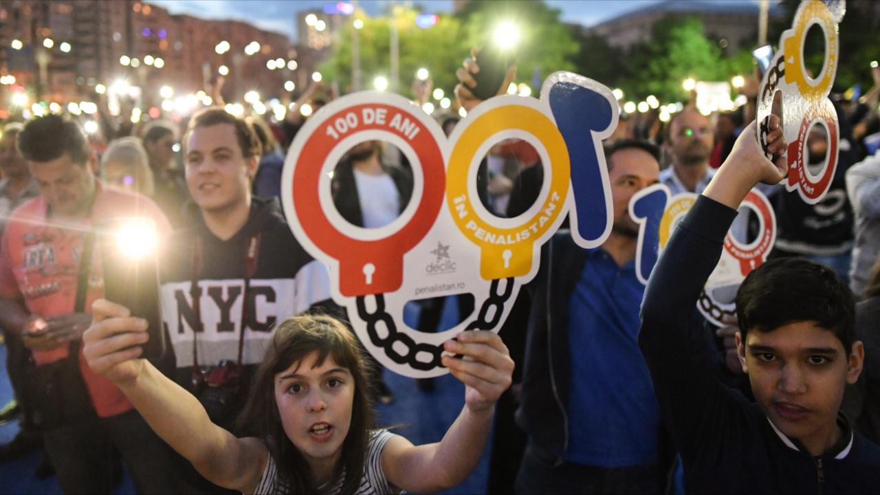 Евросоюз снова призвал Румынию отказаться от судебной реформы