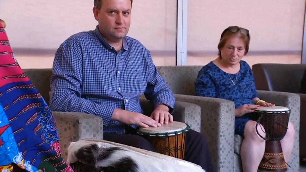 Африканский барабан помогает в лечении психически больным