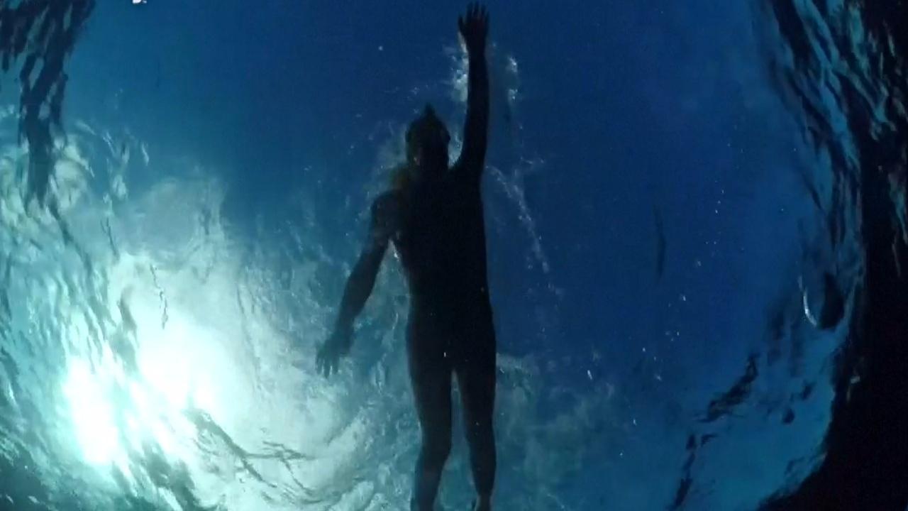Шторм помешал пловцу Бенуа Леконту покорить Тихий океан