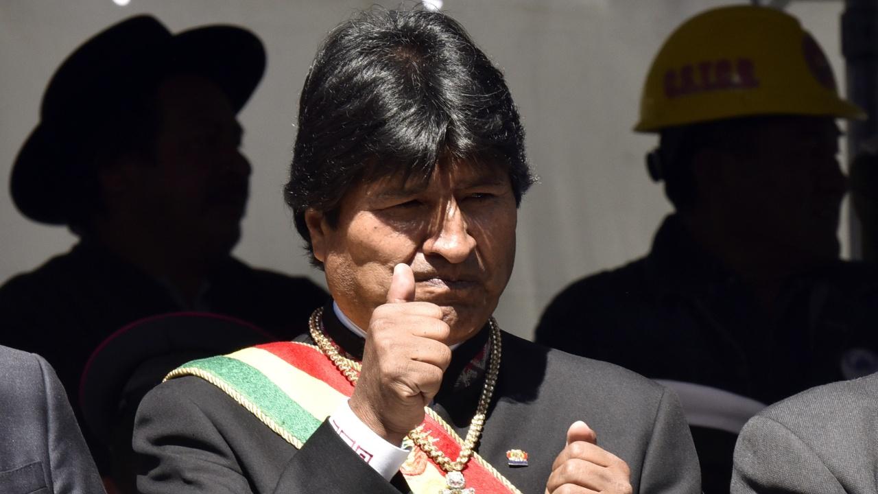 Президент Боливии решил избираться на четвёртый срок, люди протестуют