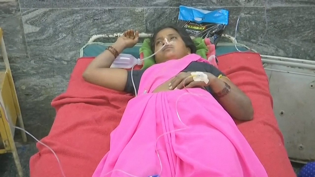 На юге Индии люди массово отравились обрядовой едой, есть жертвы