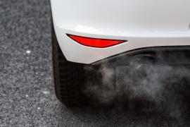 ЕС утвердил план по сокращению автомобильных выбросов СО2