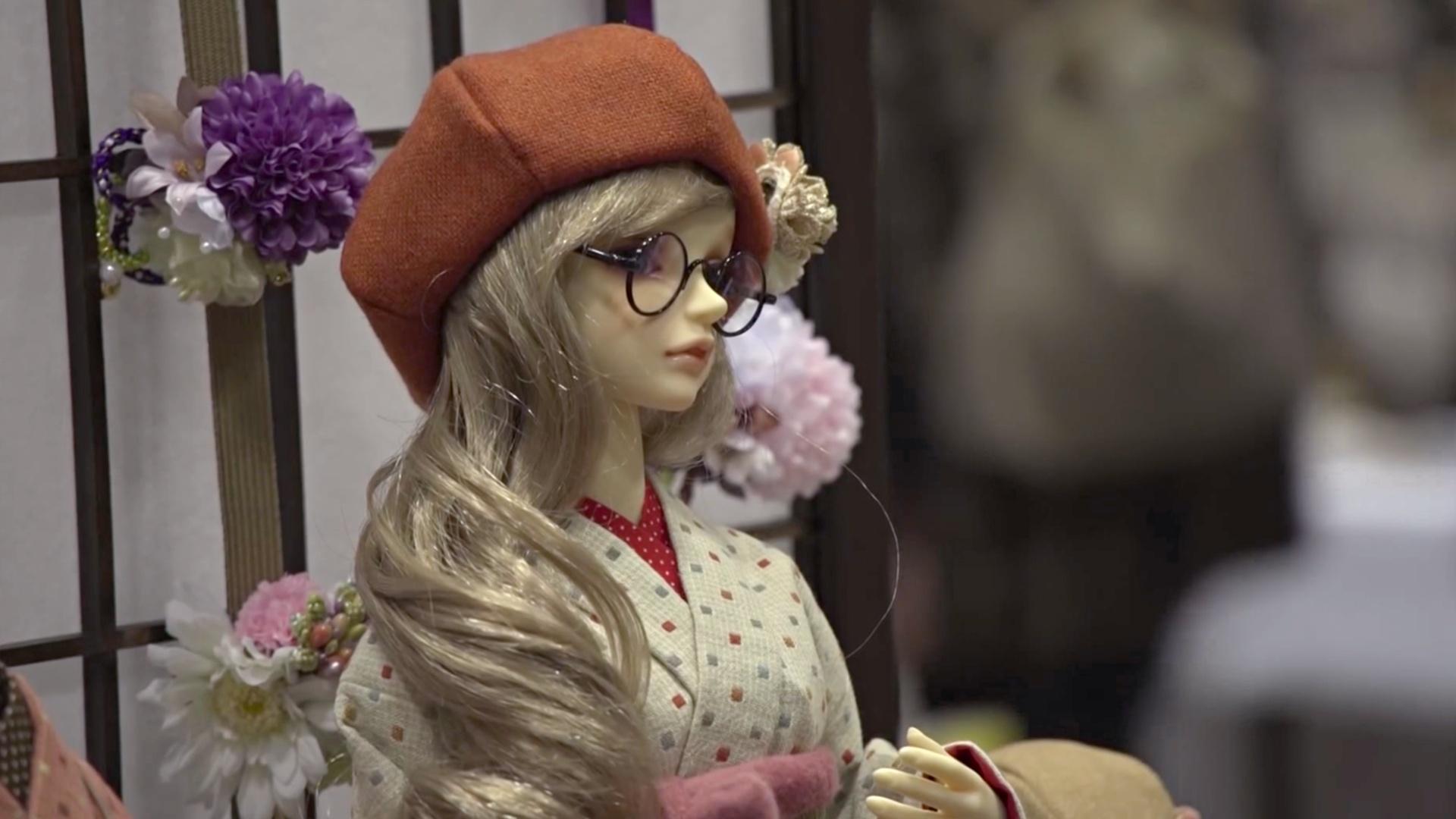 В Японии проходит традиционный фестиваль кукол