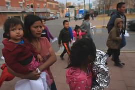 100 мигрантов из Центральной Америки оказались «в подвешенном состоянии»
