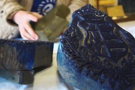 Старинная традиция окрашивания ткани в синий цвет стала наследием ЮНЕСКО