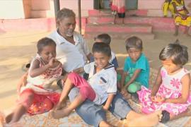 Индийские супруги уже 30 лет содержат детский приют