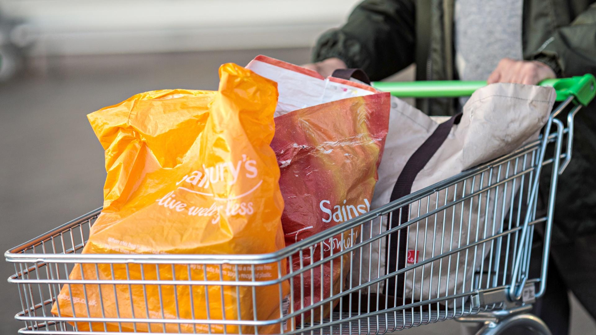 В супермаркетах Южной Кореи запретили пластиковые пакеты