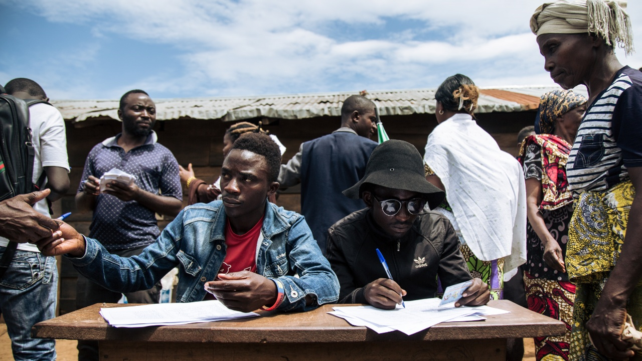 В столицу ДР Конго не могут доставить бюллетени для подсчёта