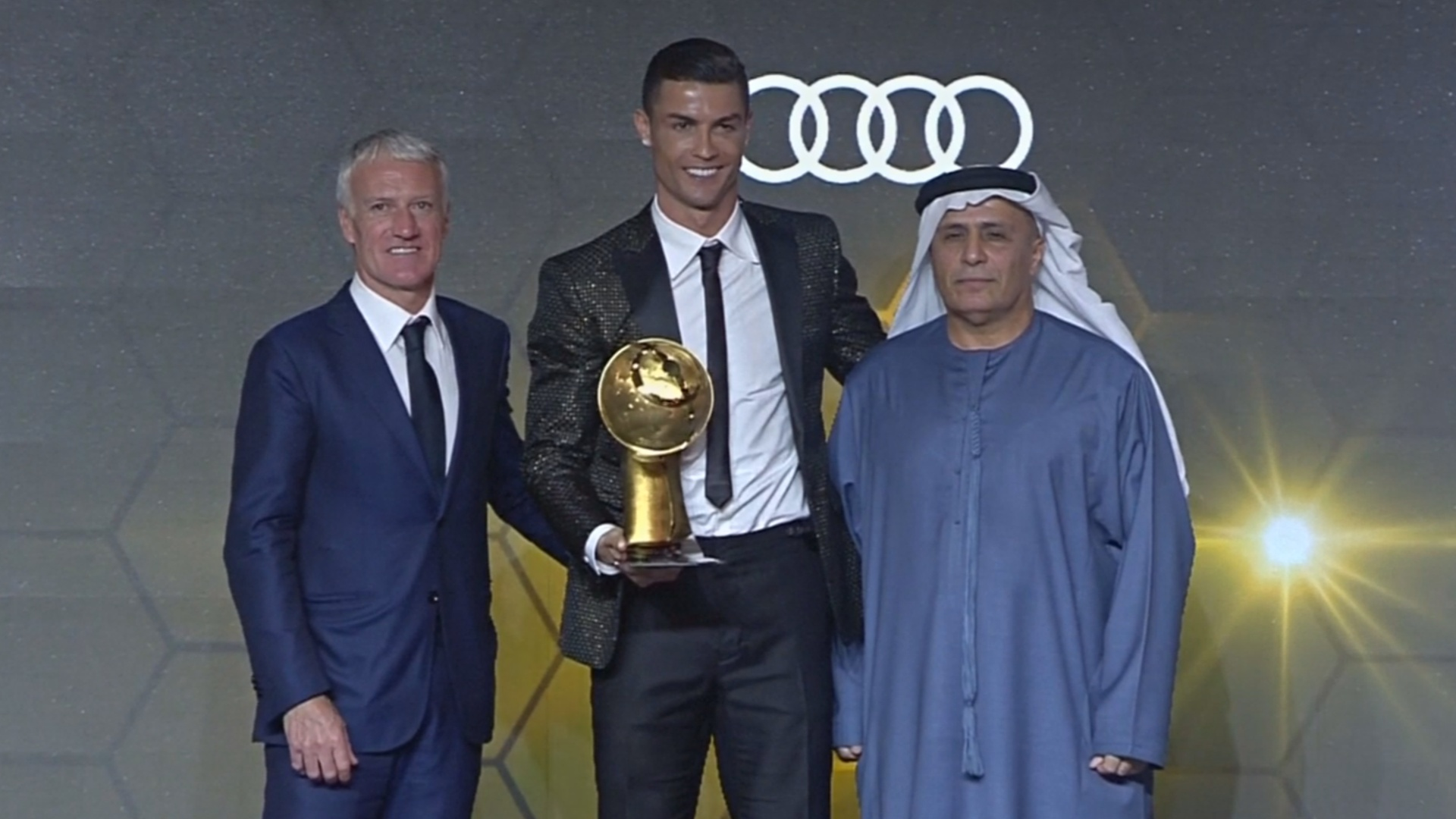 Криштиану Роналду – лучший футболист года по версии Globe Soccer Awards