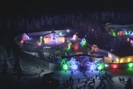 В деревне Санта-Клауса появился снежный городок муми-троллей
