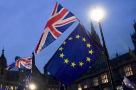 Парламент Великобритании отклонил договор о «брексите»