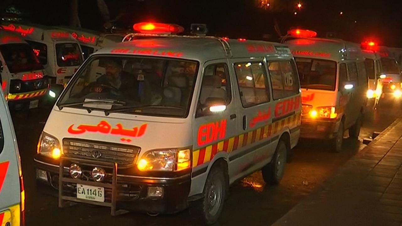 26 человек сгорели в автобусе в результате ДТП в Пакистане