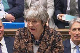 Премьер-министр Великобритании пытается завоевать поддержку парламента