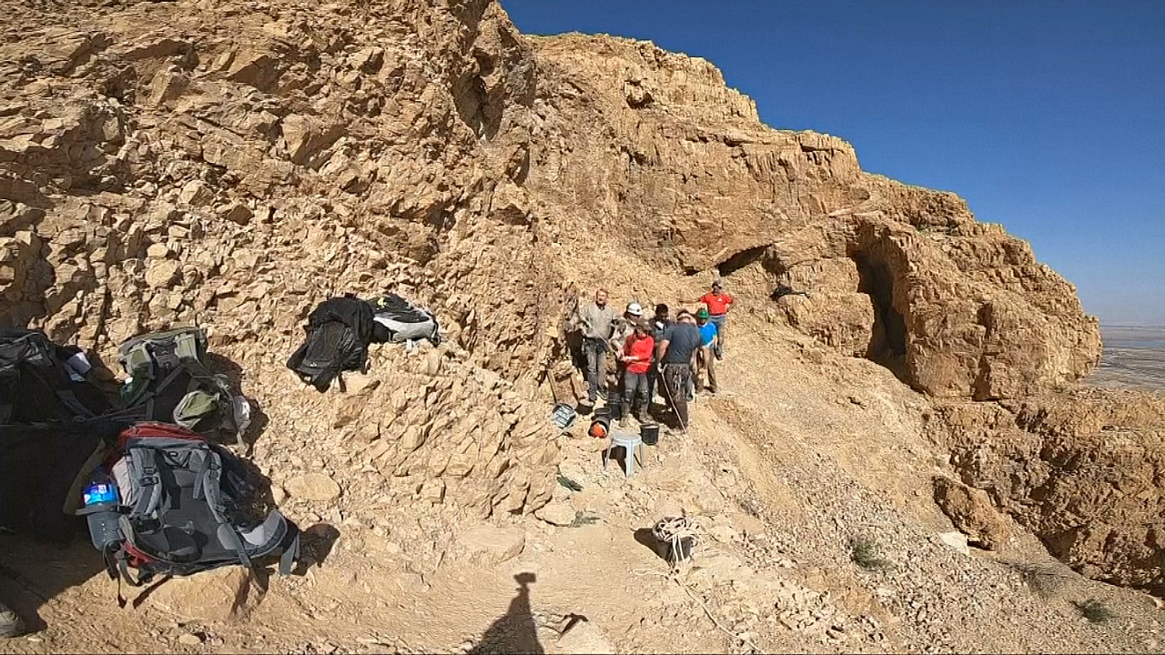 В пещерах Кумрана ищут новые свитки Мёртвого моря