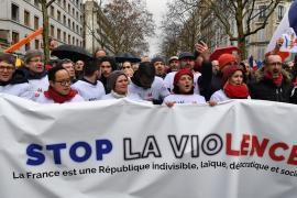 В Париже протестуют против протестов