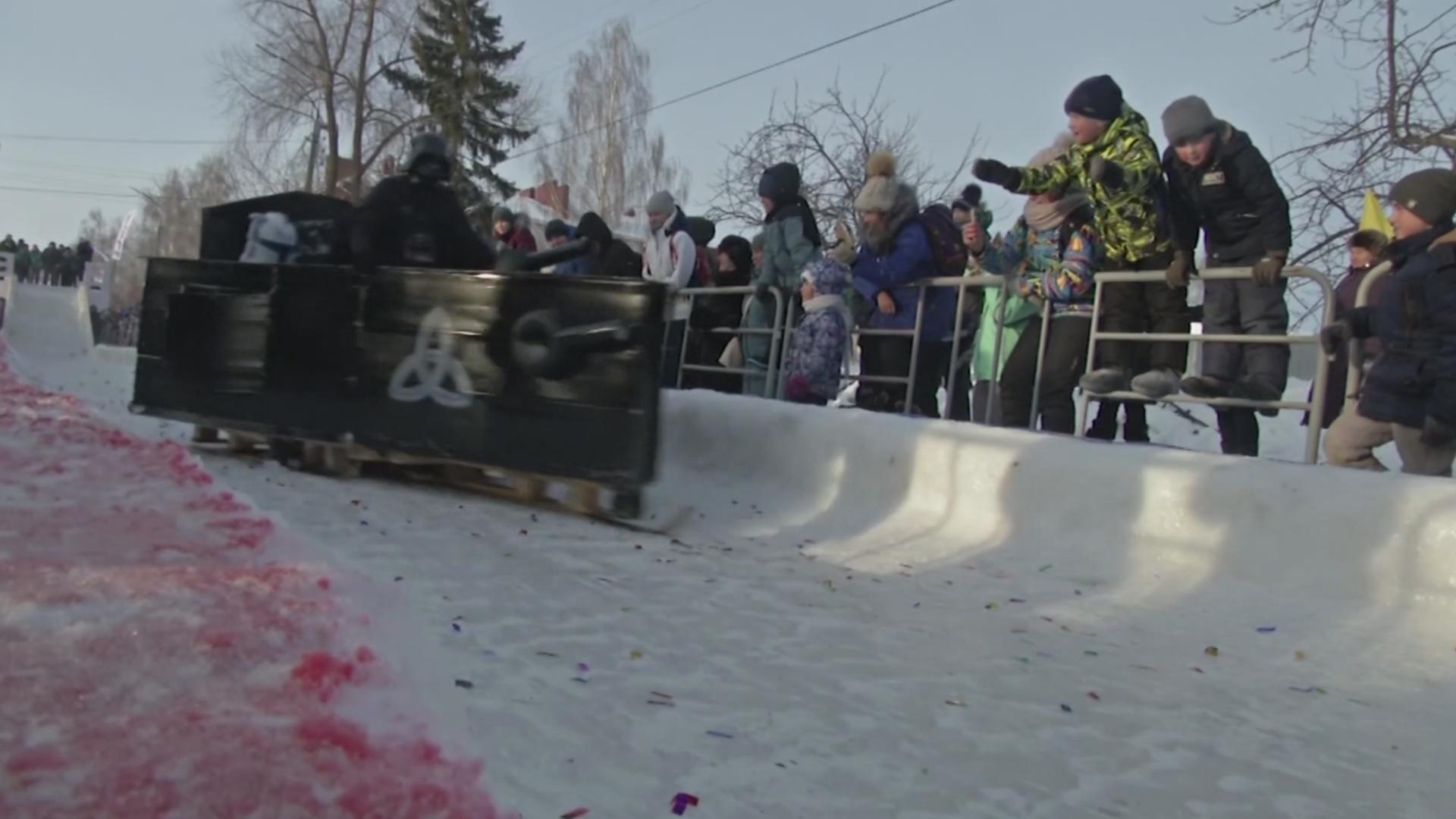 Гонки на креативных санях прошли в Татарстане