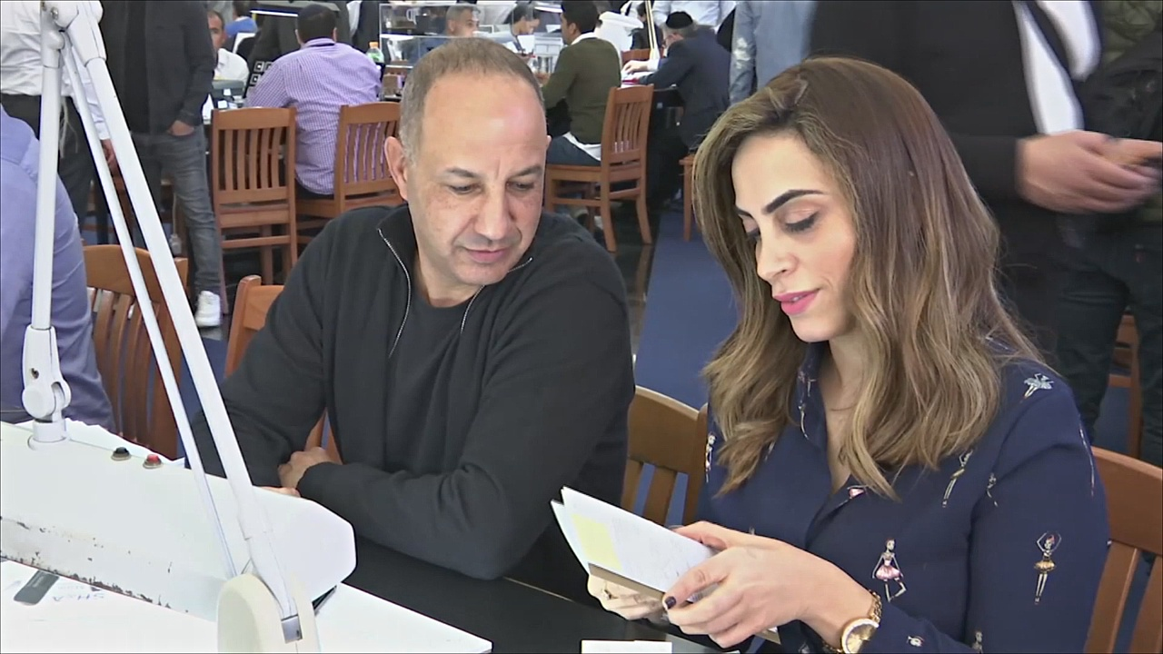 Торговые залы переполнены на Неделе бриллиантов в Тель-Авиве