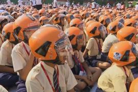 В Индии установили рекорд, собрав самую большую группу людей в защитных шлемах