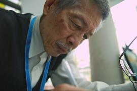 Сингапур всё больше зависит от престарелых работников