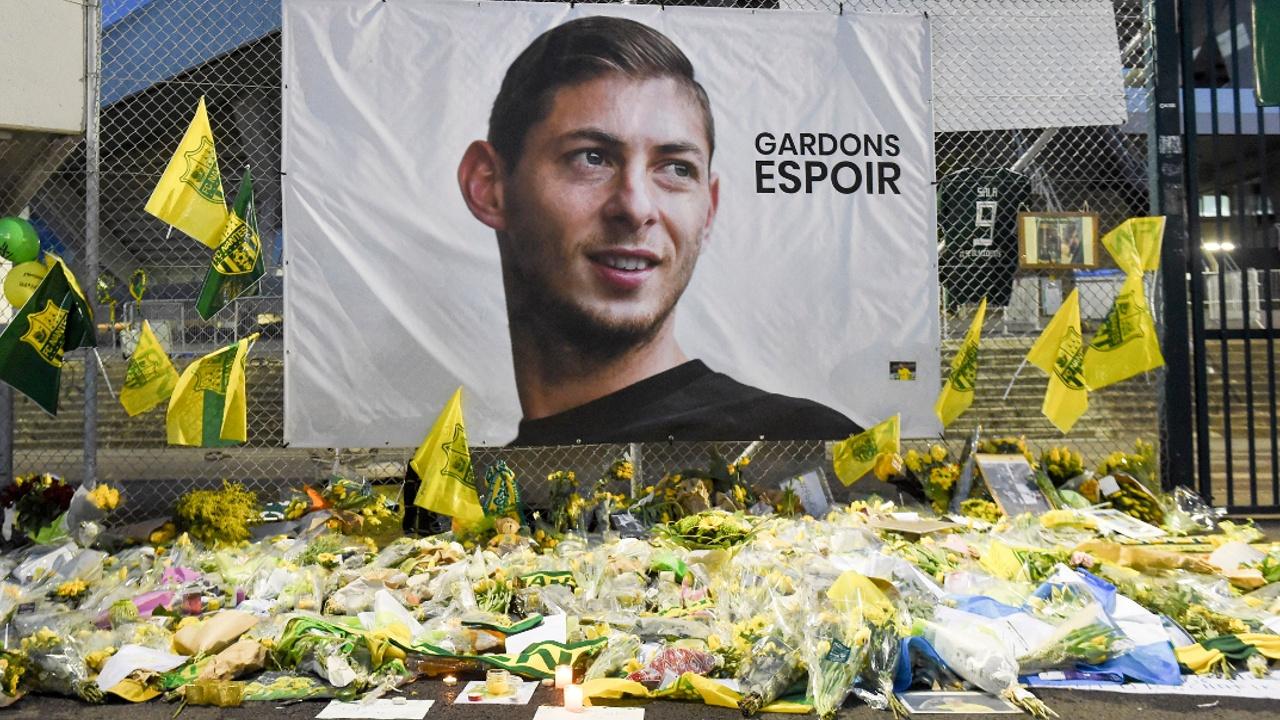 Среди обломков самолёта футболиста клуба «Кардифф Сити» нашли тело