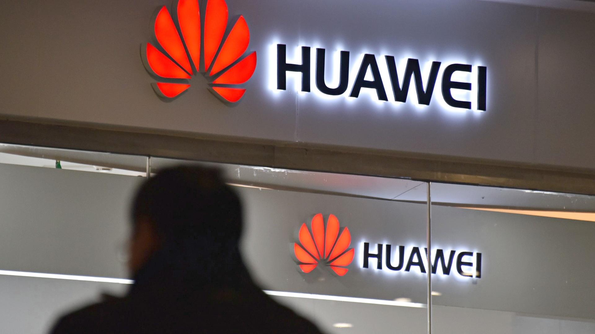 Huawei ощущает всё больше давления в Европе
