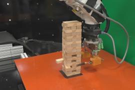 Учёные создали робота, который научился играть в «дженгу»