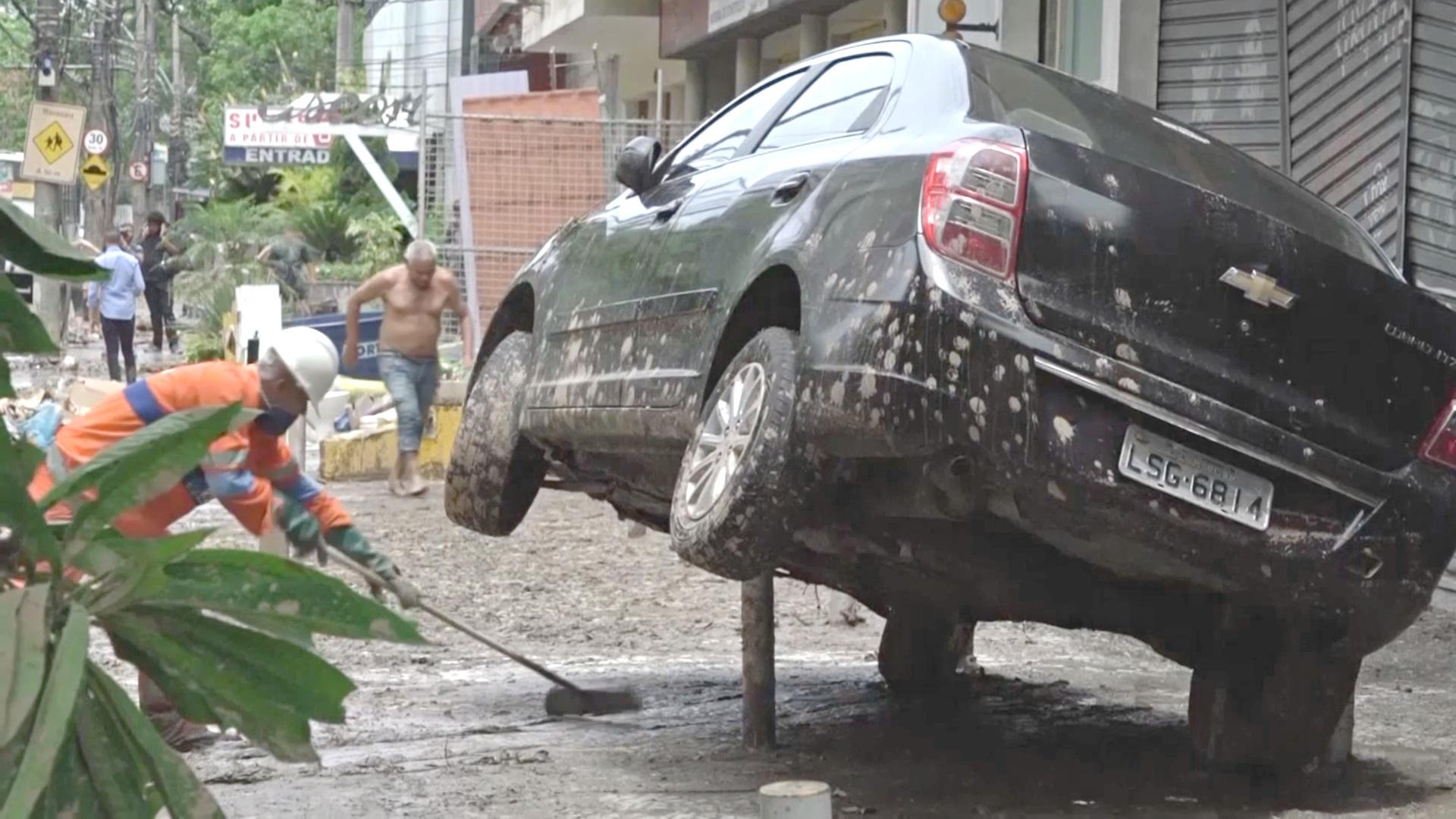 Рио-де-Жанейро восстанавливается после наводнения века