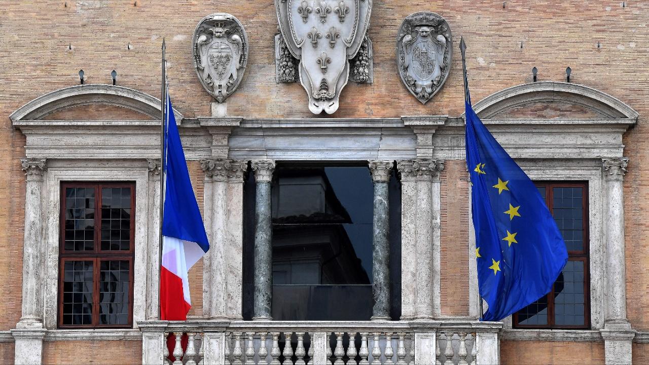 Франция впервые со времён Второй мировой отозвала своего посла из Италии
