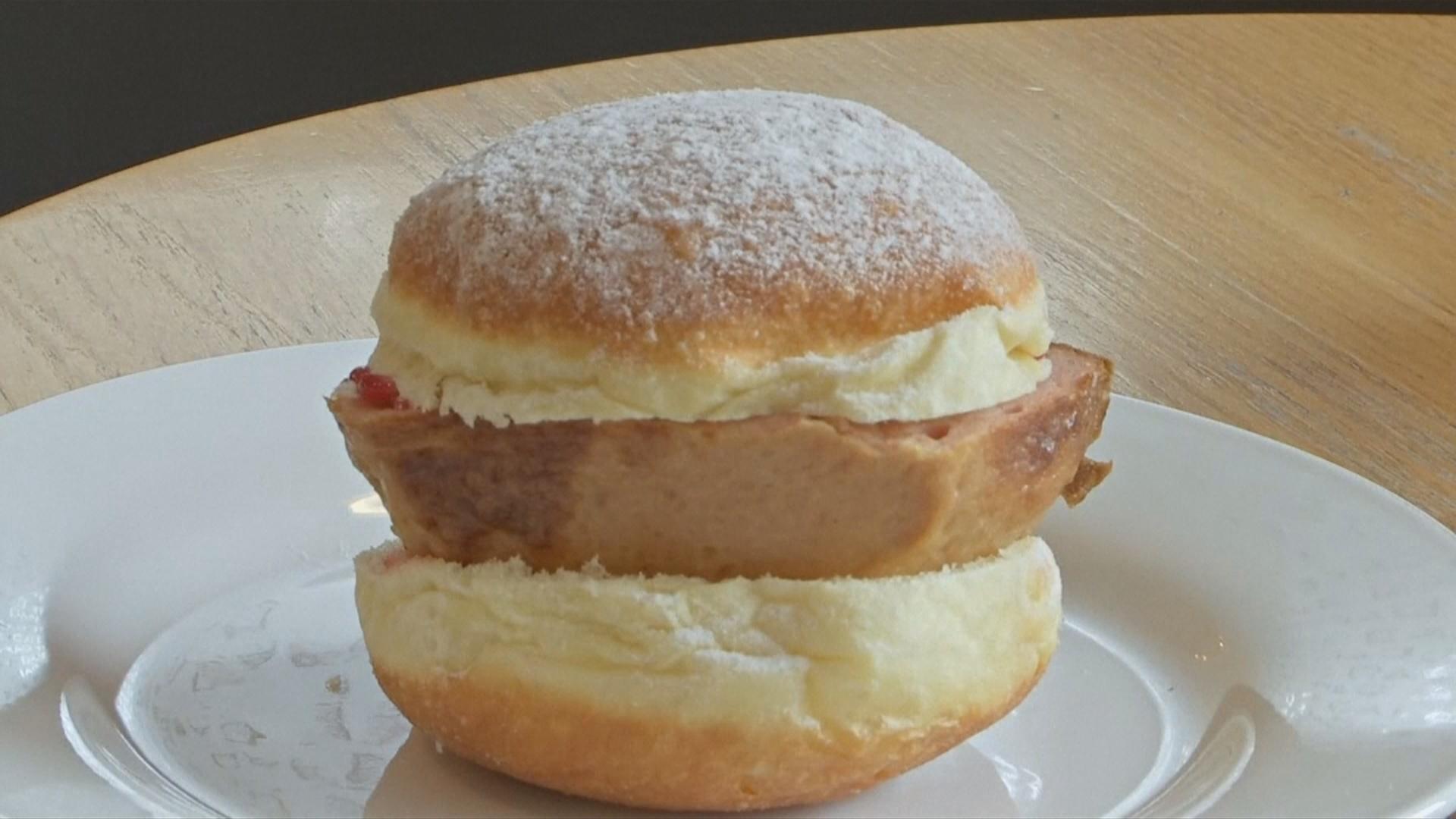 Сладкие пончики с мясной начинкой завоевали сердца баварцев