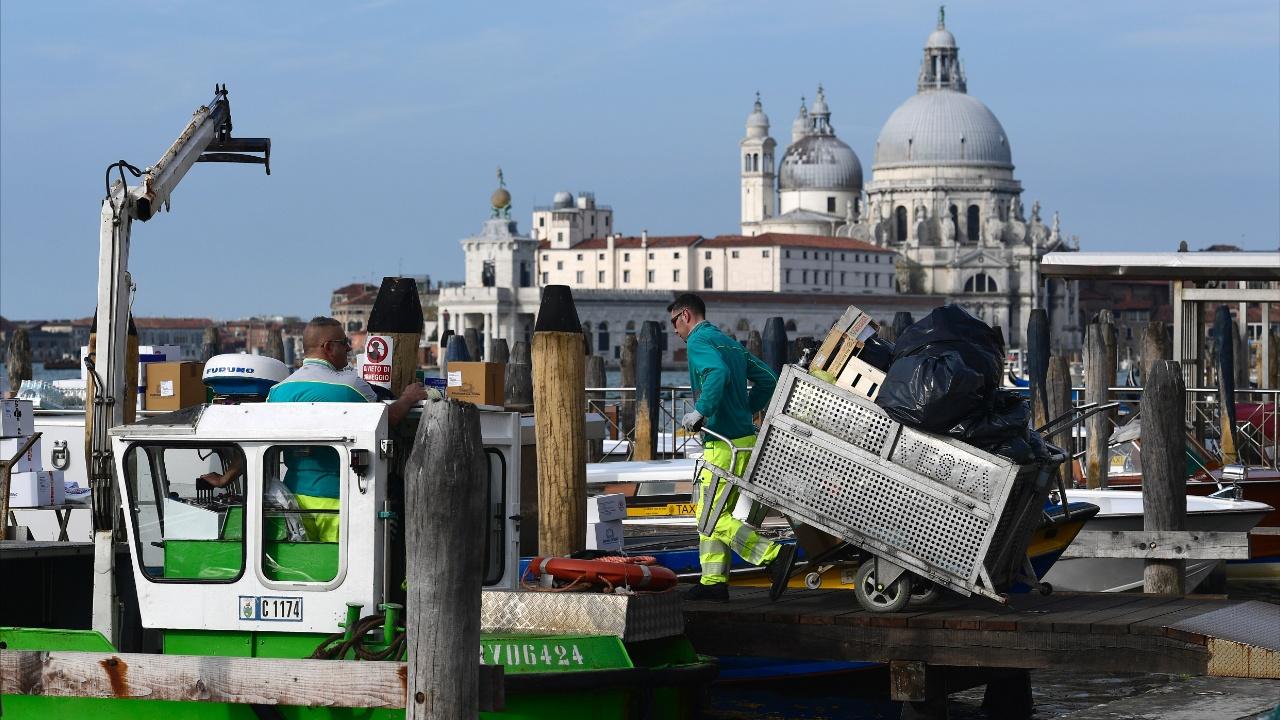 Венеция вводит налог на однодневное посещение, чтобы оплатить уборку улиц