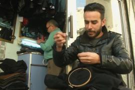 Иорданская семья превратила починку одежды в искусство