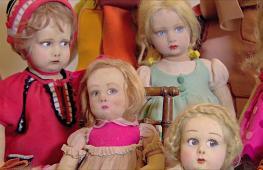Богатую коллекцию антикварных кукол представили в Риме