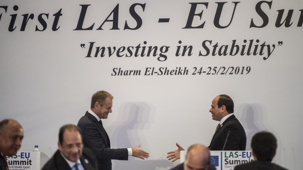 В Египте проходит первый саммит Лиги арабских государств и ЕС