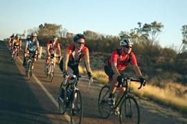 Велосипед в любую погоду: в Австралии пересаживаются на двухколёсных коней