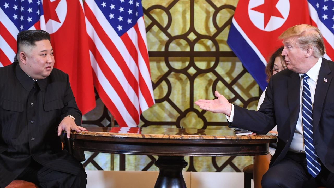 Саммит Дональда Трампа и Ким Чен Ына: итоги первого дня