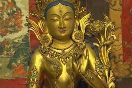 Коллекционер собрала 250 старинных тибетских статуй и гобеленов