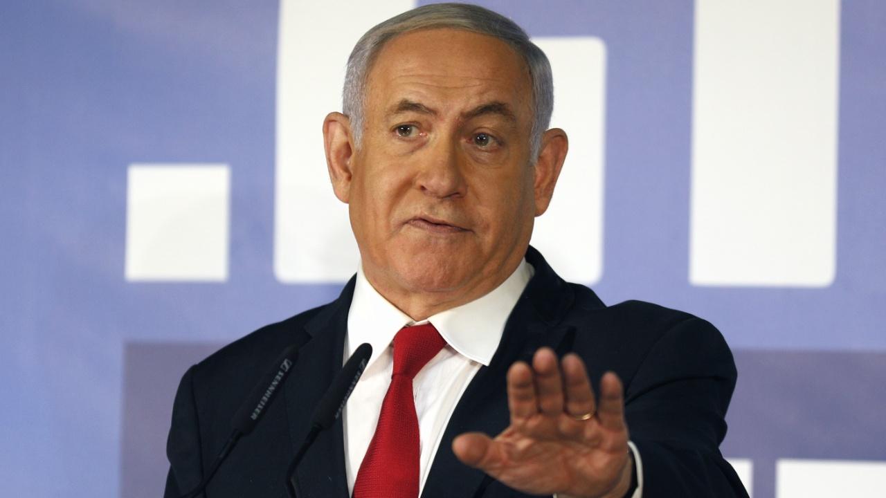 Нетаньяху отрицает обвинения во взятках