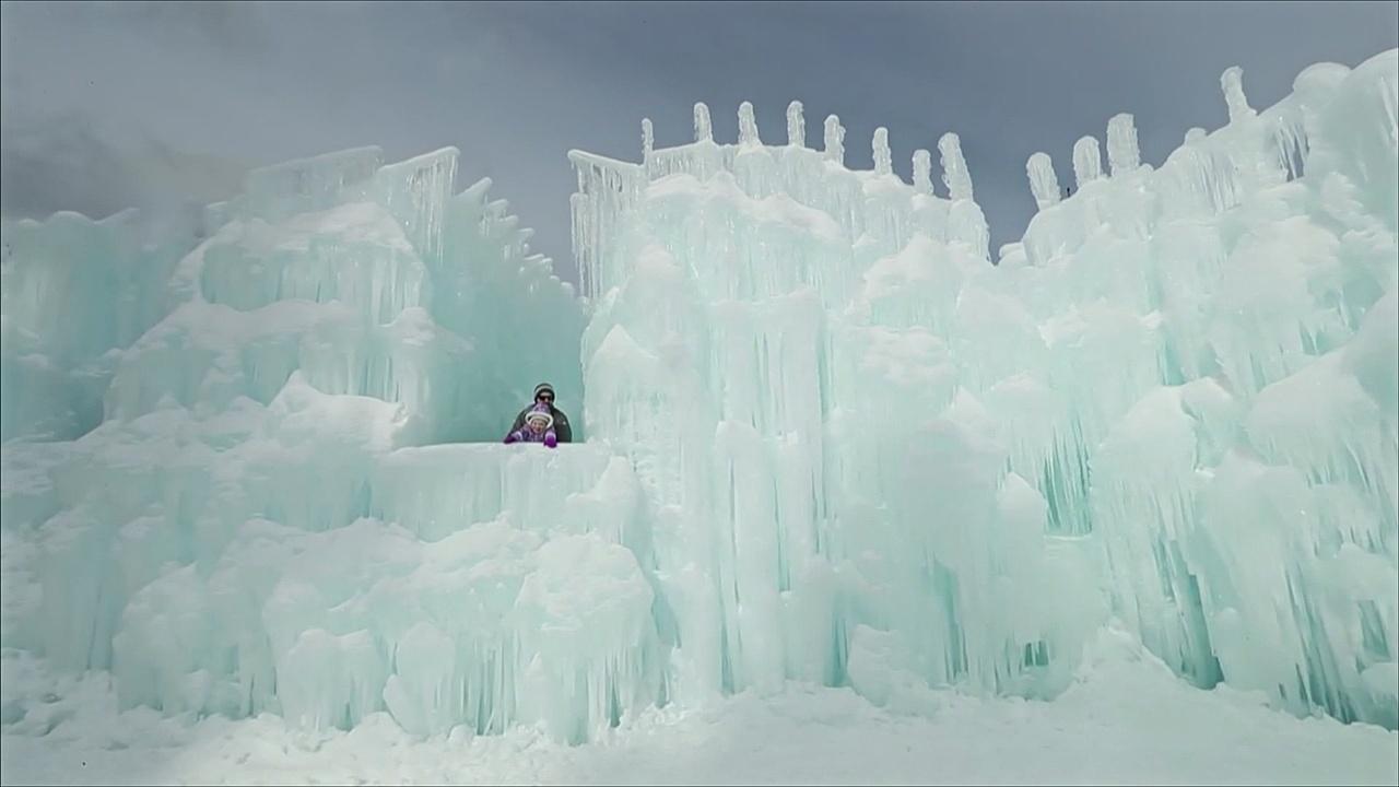 Ледяные замки в стиле «Холодного сердца» выросли в США