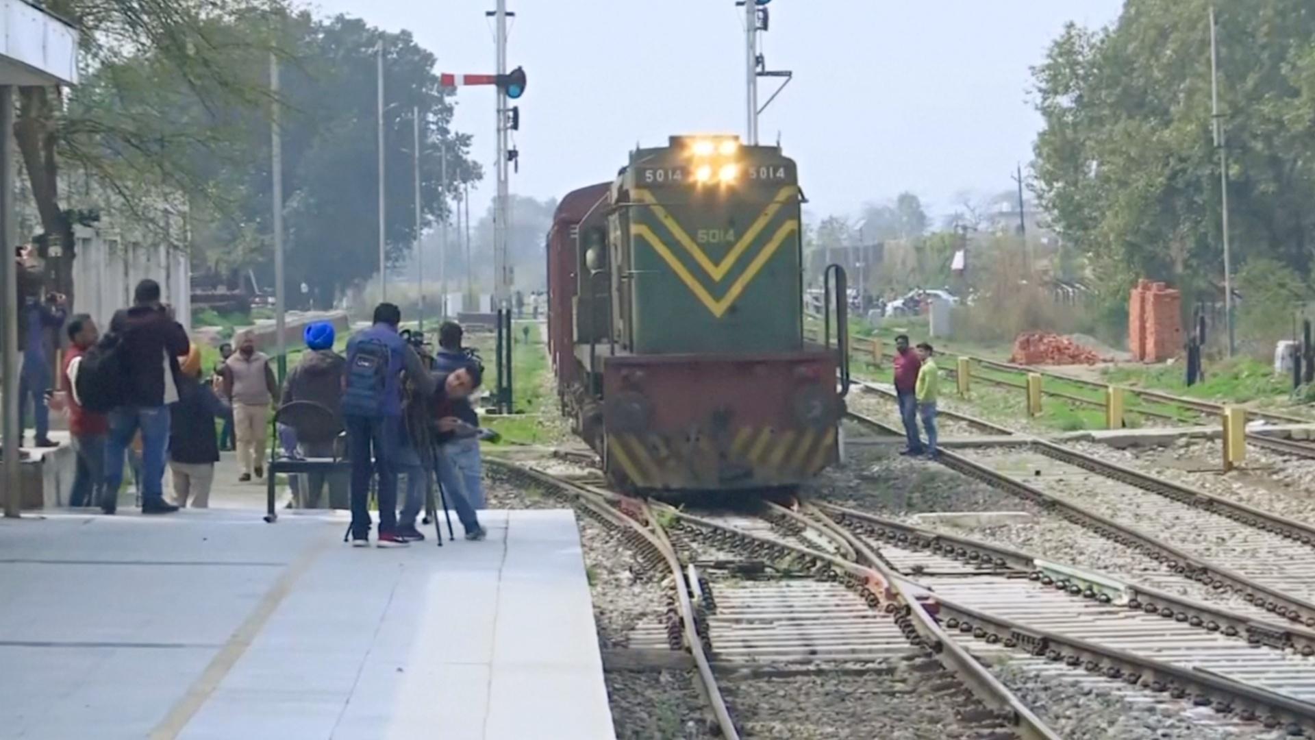 «Поезд дружбы» снова курсирует между Индией и Пакистаном