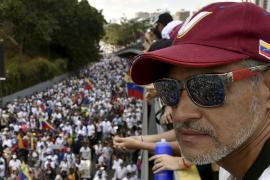Венесуэльцы протестуют из-за отключения света