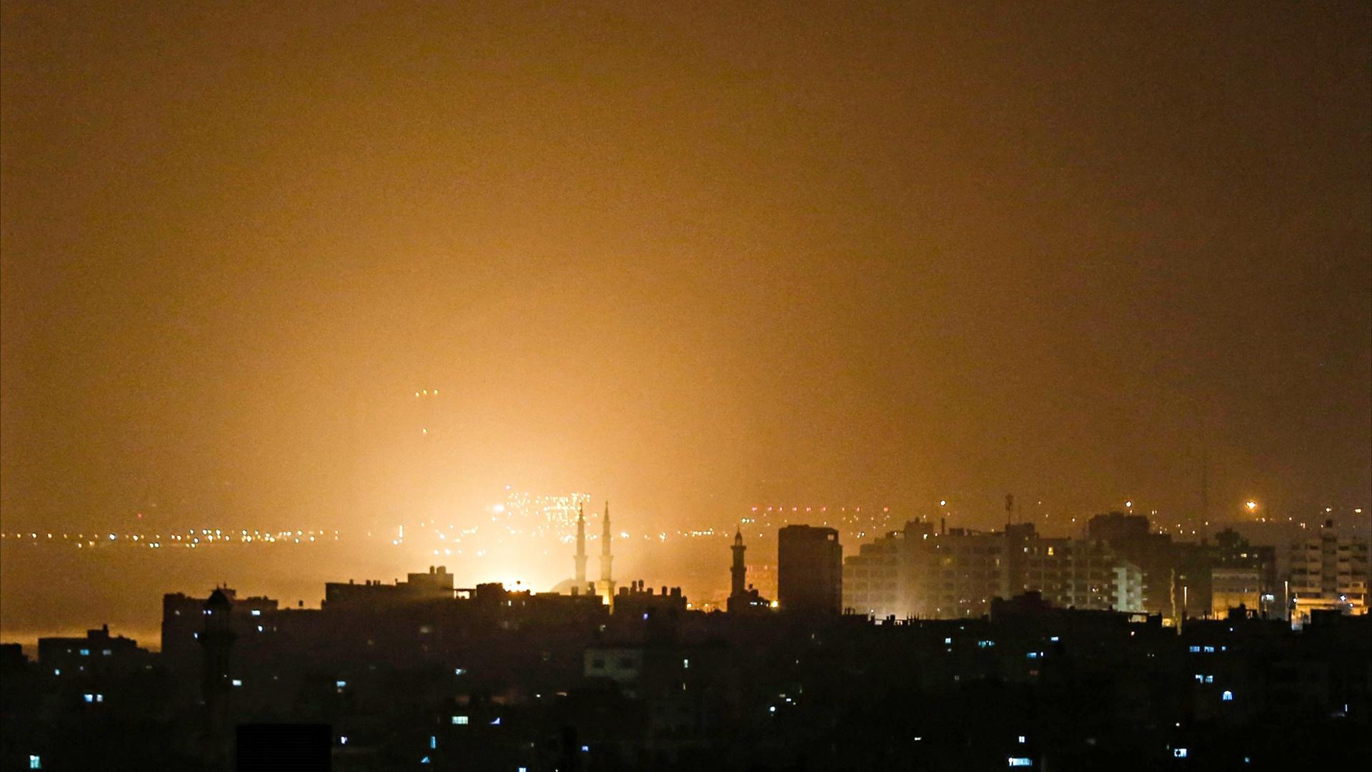 Израиль нанёс авиаудары по сектору Газа в ответ на обстрел Тель-Авива