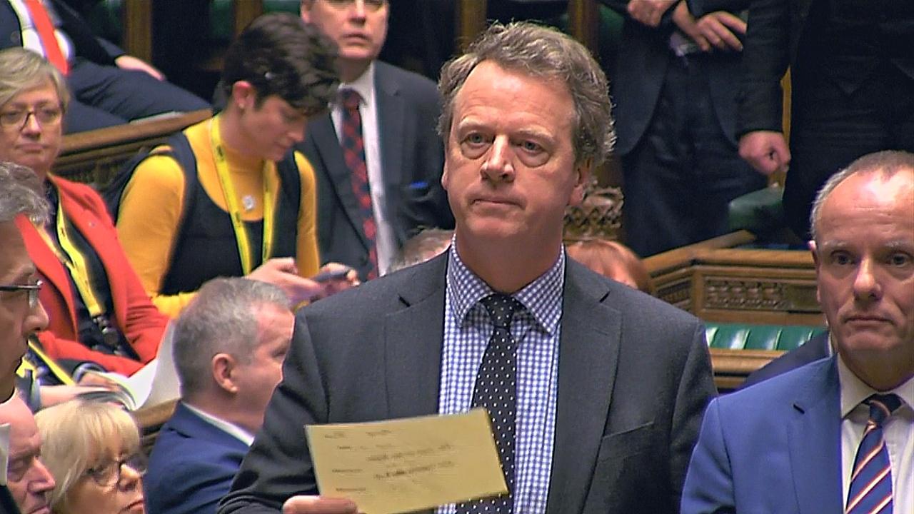 Британский парламент проголосовал за отсрочку «брексита»