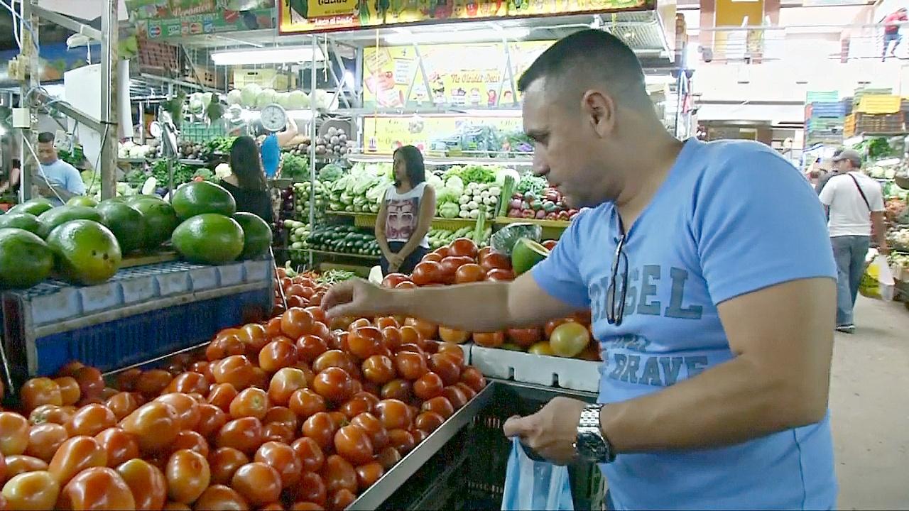 Магазины и рынки Венесуэлы открываются после масштабного отключения света