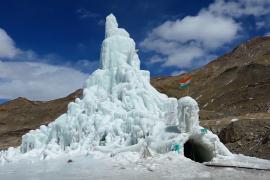 Первое в Индии ледяное кафе работает в высокогорной деревне